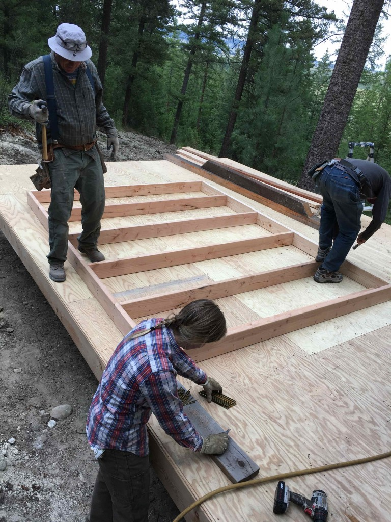 Layout of the studs. Three generations wielding hammers.