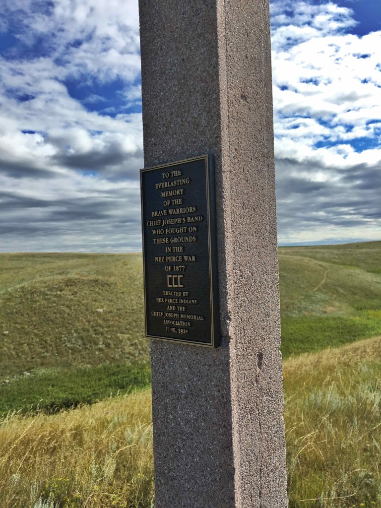 One of the many memorial on the Bear Paw Battlefield site.