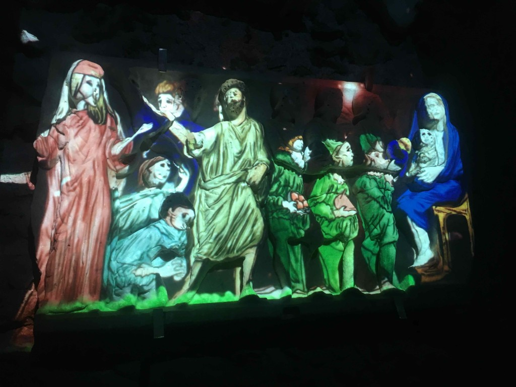 A light show uses technology to bring the painting back to life. Villa Rufolo.